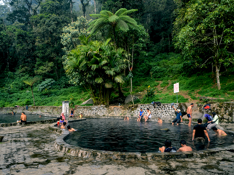 Pemandian Air Panas Legendaris Cangar Amazing Malang